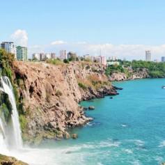 Российский турпоток в Анталию за 2 месяца сократился на 41%