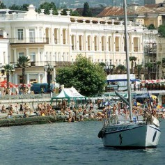Крым разработал более 20 турмаршрутов к майским праздникам