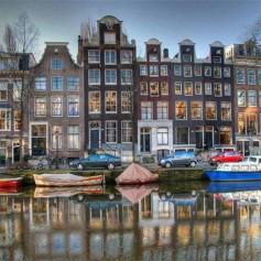 В Амстердаме в массовом порядке отменяются авиарейсы в связи с сильным ветром