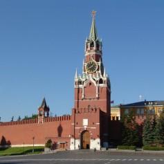 Спасская башня Кремля «открылась» после реставрации