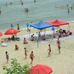 Британское агентство предложило туристам отдых на пляжах в Северной Корее