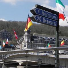 С сентября визы в Европу будут давать по отпечаткам пальцев