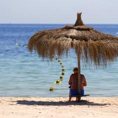 На пляжи в Тунисе перестанут пускать посторонних