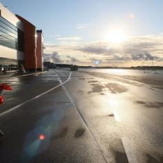 Реконструкция аэропорта Калининграда задерживается на 8 месяцев