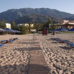 Ассоциация туроператоров: В Греции нет перебоев ни с едой, ни с вином, ни с морем, ни с солнцем
