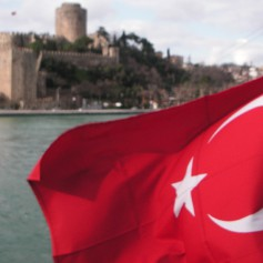 Ростуризм: На курортах Турции спокойно, а на юго-восток страны лучше не ездить
