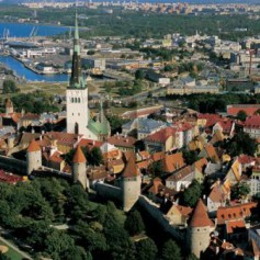 Российских туристов в Эстонии стало меньше почти на треть