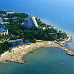 Сенаторы предложили ввести налоговые льготы для компаний, отправляющих сотрудников на отдых в РФ