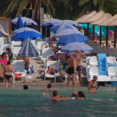 Число россиян, отдыхающих за границей, упало за 2 года на 5%