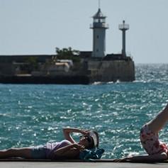 С начала года Крым заработал на туризме почти миллиард рублей
