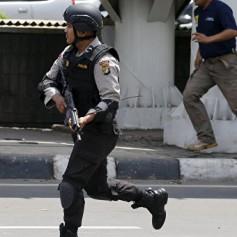 Индонезийская полиция усилила меры безопасности на Бали