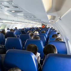 Российские туристы пересели с поездов на самолеты