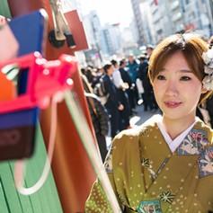 Прилетающим в Южную Корею туристам бесплатно раздадут смартфоны