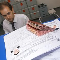 Россияне стали на треть реже получать зарубежные визы