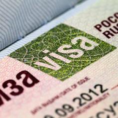 Ростуризм предложил снизить стоимость виз для иностранцев