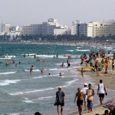 Посол в РФ: Тунис надеется на увеличение числа российских туристов