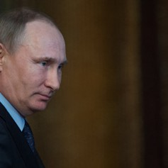 Путин подписал закон, направленный на усиление защиты туристов