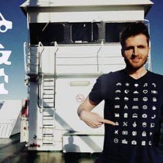 Швейцарцы придумали футболку для преодоления языкового барьера