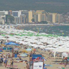 Министр туризма Болгарии призвала отрасль сохранить цены 2015 года