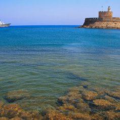 Спрос на туры в Грецию вырос на 34% по сравнению с 2015 годом