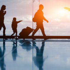 Около 100 тыс туристов из Испании побывали в России в 2015 году