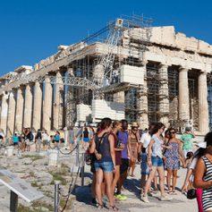 Греции предрекли первое место по числу туристов из России в 2016 году