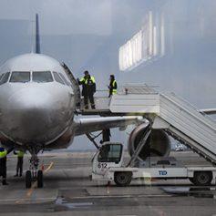 Правительство расширило список льготных авиамаршрутов в Крым