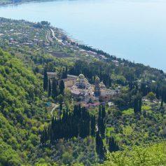 Абхазию на майских праздниках посетили 10 тысяч российских туристов