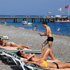 Турция на четверть удешевила туруслуги