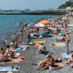 Власти Кубани хотят для безопасности ограничить въезд автомобилей на пляжи