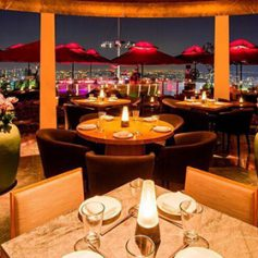 Ужин с бриллиантом за два миллиона долларов предложат в Сингапуре