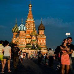 Количество безвизовых туристов из КНР в Москве увеличилось на четверть