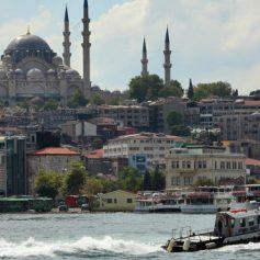 Анкара приветствует возобновление чартерных рейсов с Россией