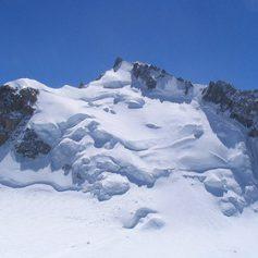Трое альпинистов погибли на «Проклятой горе» на Монблане