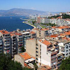 Ростуризм призвал россиян к осторожности после обстрела шоссе в Турции
