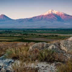 Эксперты отметили рекордный рост интереса россиян к новогоднему отдыху в Армении