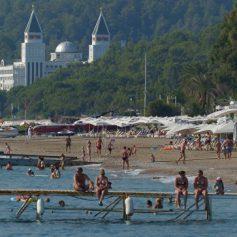 Турция готова принять в 2017 году пять миллионов российских туристов