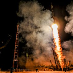 Туристов отправят в космос на российском корабле за 250 тысяч долларов