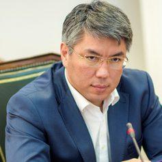 Глава Бурятии предложил взимать денежный сбор с туристов на Байкале