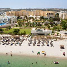 В Тунисе заработал переживший в 2015 году теракт отель