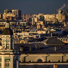 Эксперты считают начало туристического сезона для Петербурга неудачным