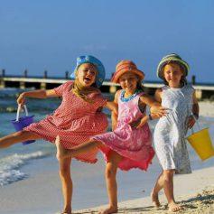 Названы лучшие направления для отдыха с детьми перед школой