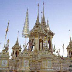 Королевский крематорий в Бангкоке покажут туристам