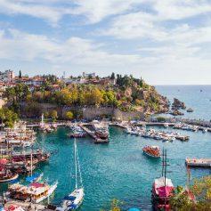 Турция планирует сделать Анталью круглогодичным курортом