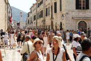 Дубровник оказался под угрозой из-за массового туризма