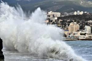 Полярный фронт с холодом и ветром надвигается на Крым