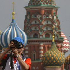 Получить визу в Россию станет проще. Поедут ли к нам иностранные туристы?