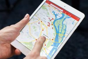 Более 10 приложений используют россияне для путешествий