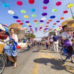 Таиланд приглашает на яркий фестиваль зонтиков