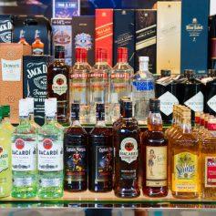 Беспошлинного алкоголя в чемоданах россиян будет больше. Новые нормы